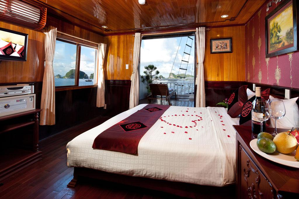 Du thuyền Aclass- Sinhcafe Tour
