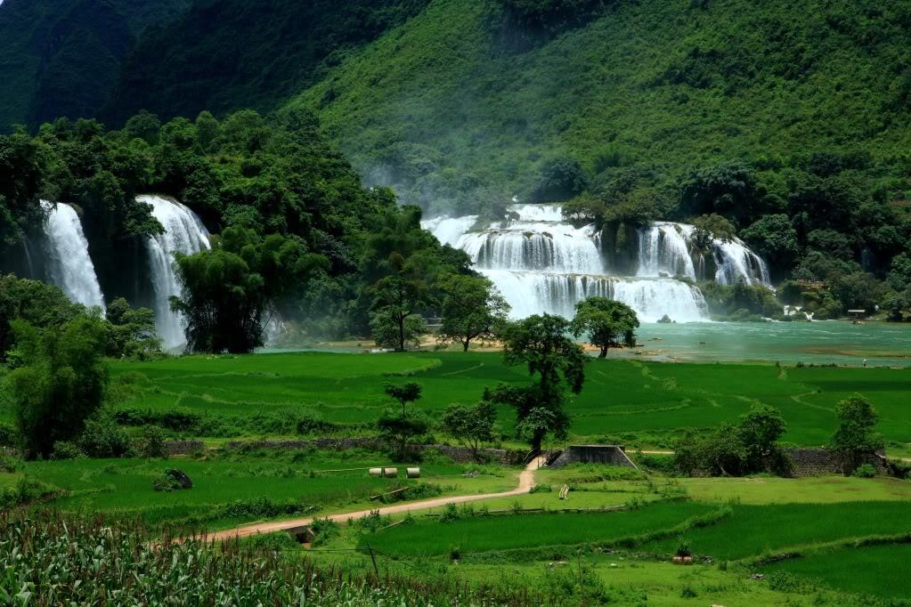 Hà Nội - Hà Giang - Cao Bằng - Thác Bản Giốc-Động Ngườm Ngao - Hồ Ba Bể 6N5Đ