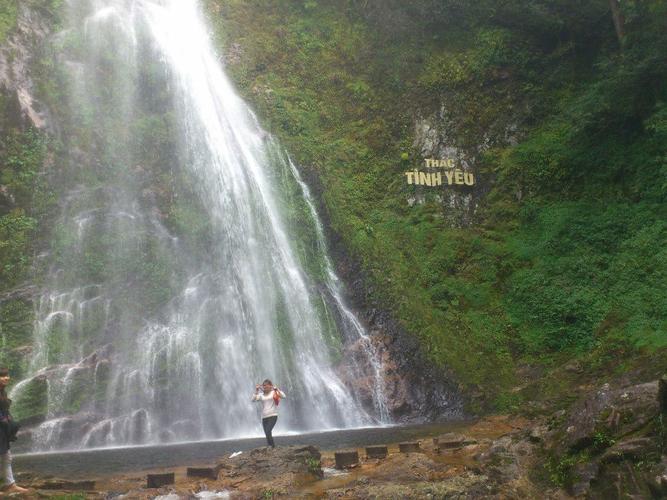 Tour Sapa 3 ngày 2 đêm thăm Cát Cát Hàm Rồng-Thác Bạc-Thác Tình Yêu đi bằng Ô Tô